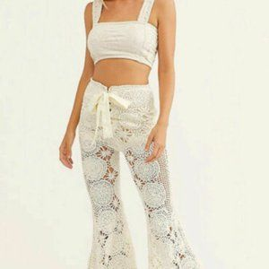 Free People Dragonfly Crochet Flare Pants. Size S.